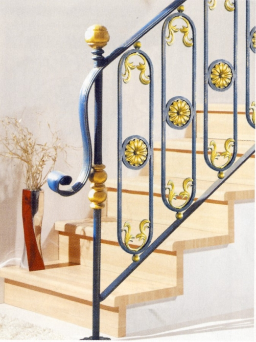 Garde corps en fer forg kalyos garde corps escalier balcon en fer forg style classique Garde corps en fer forge pour escalier