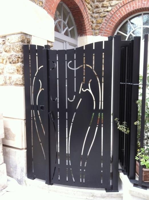 Peinture pour portail fer la rochelle 36 for Peinture pour portail en fer