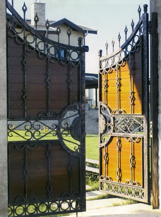 Portail fer forg et bois marcus portail en fer forg et bois le grand catalogue porte en for Dessin en fer forge
